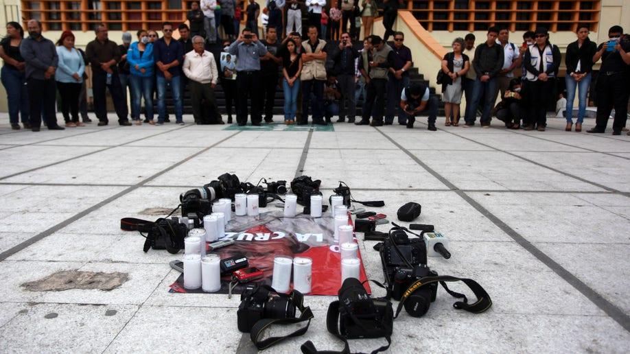 e5804438-Mexico Journalist Killed