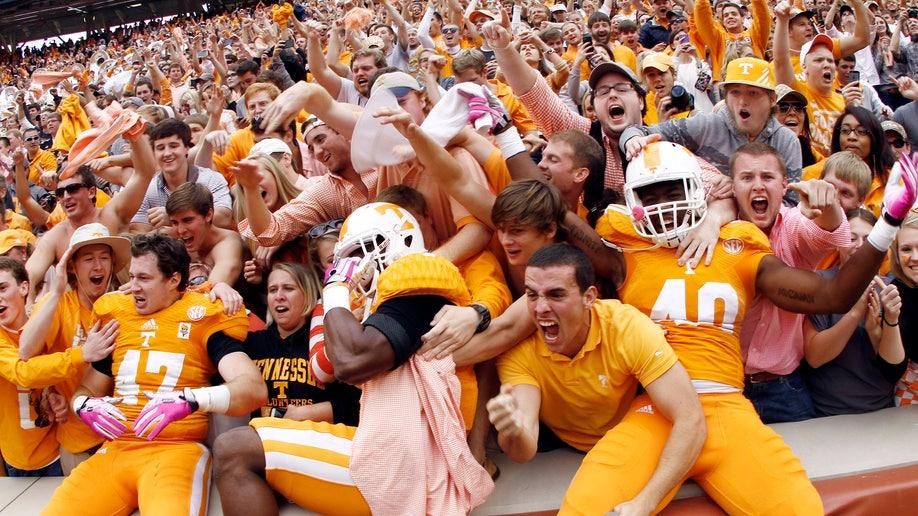 a0d921d9-South Carolina Tennessee Football
