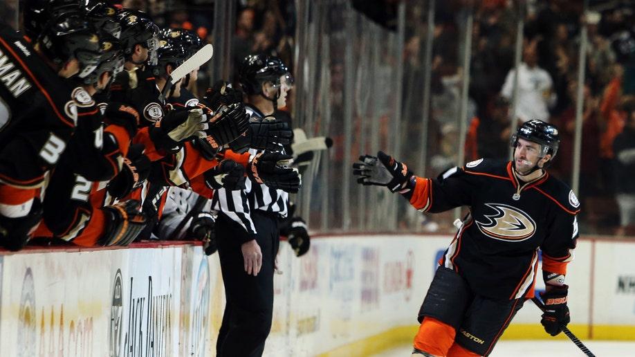50447acb-Kings Ducks Hockey
