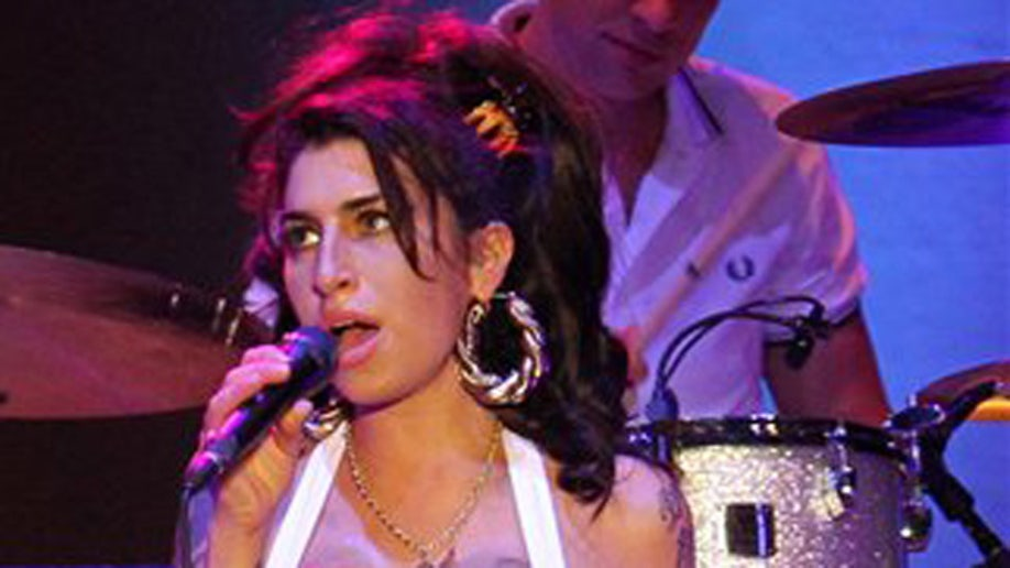 a4a9648c-People Amy Winehouse