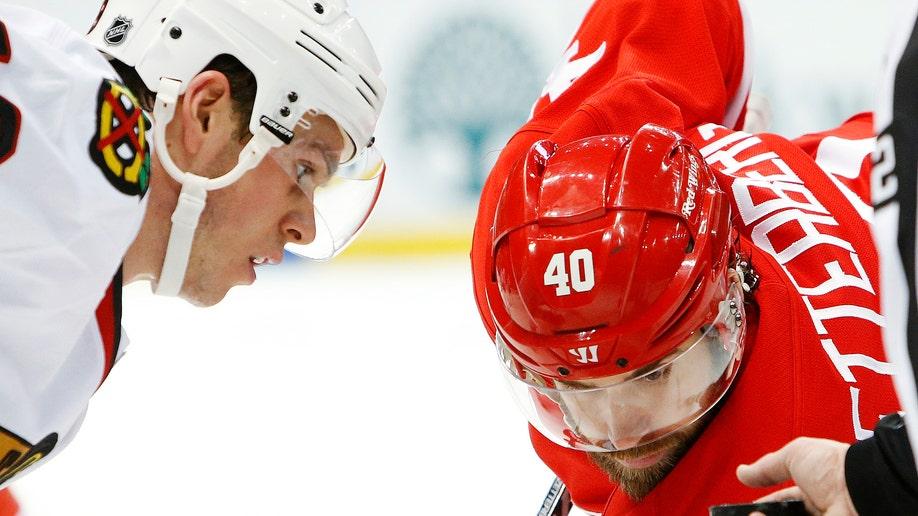 Blackhawks Red Wings Hockey