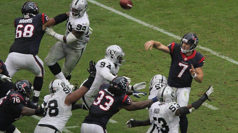 a532c94e-Raiders Texans Football