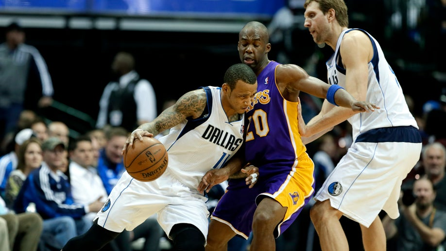 3cc51b18-Lakers Mavericks Basketball