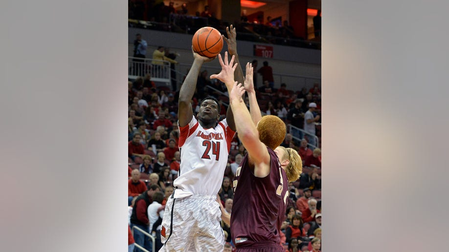 834c6328-College of Charleston Louisville Basketball