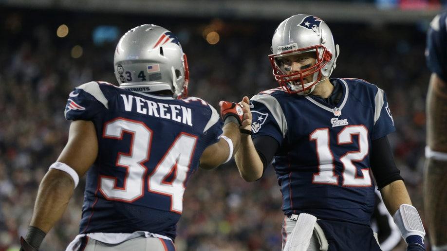 52e26583-Texans Patriots Football