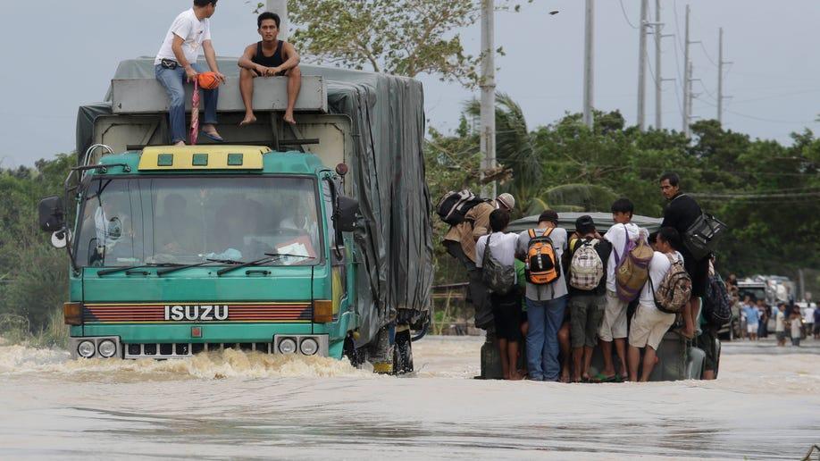 3297dbf2-Philippines Typhoon