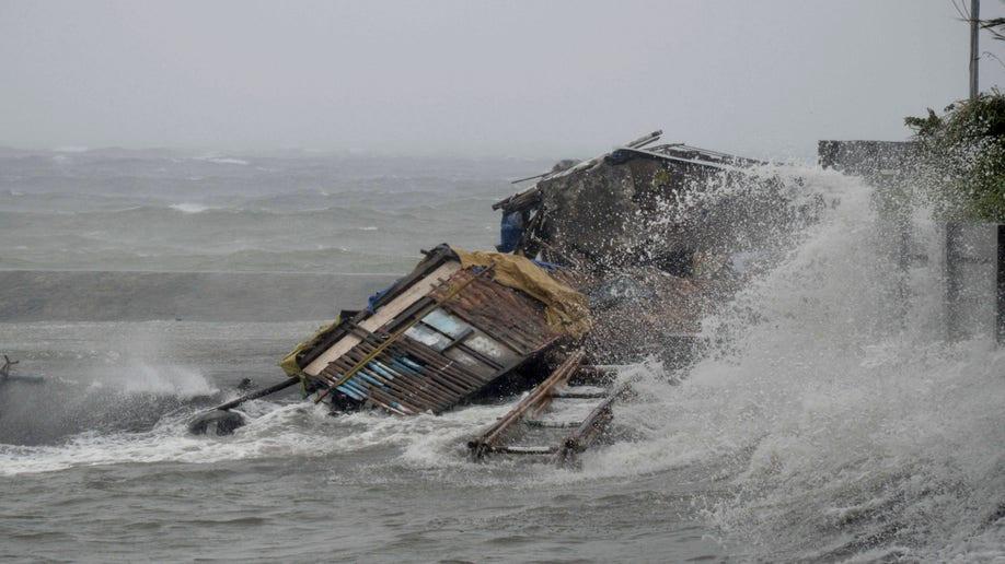 912cb0ba-Philippines Typhoon