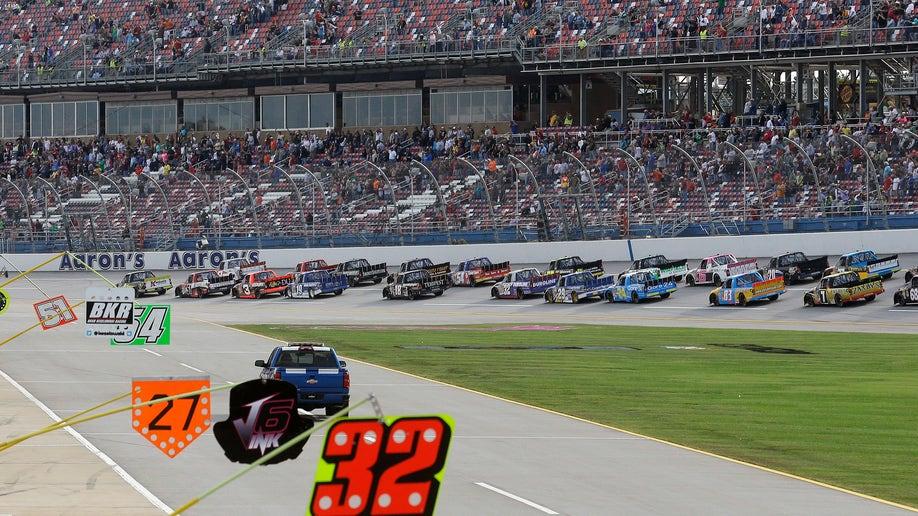 NASCAR Talladega Truck Racing