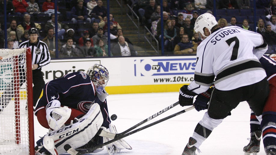 bce1c8e6-Kings Blue Jackets Hockey