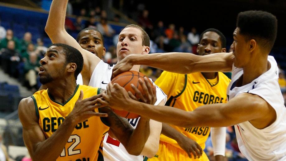 fff1be31-George Mason Richmond Basketball