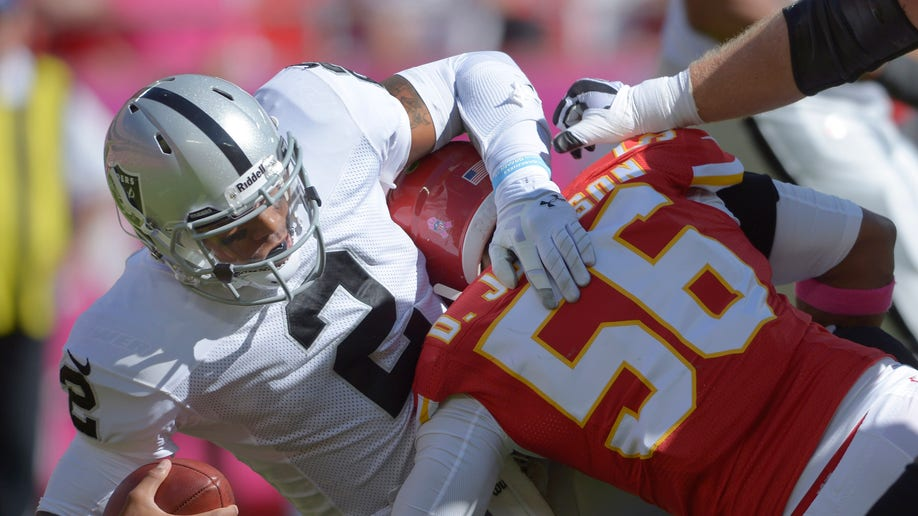f9d48517-Raiders Chiefs Football