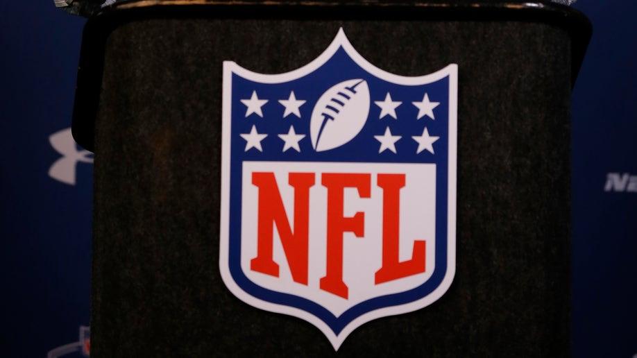 ffa5b84b-NFL Combine Football