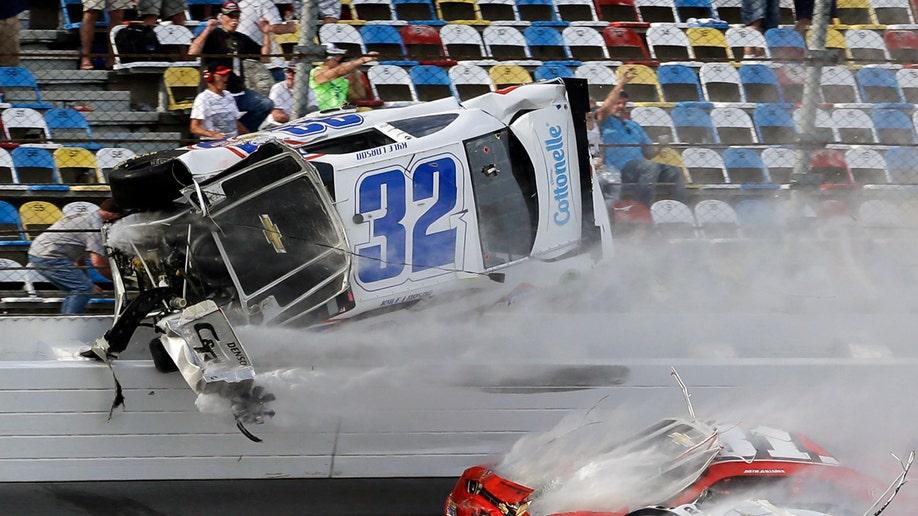 ab5e800d-NASCAR Daytona Nationwide Auto Racing