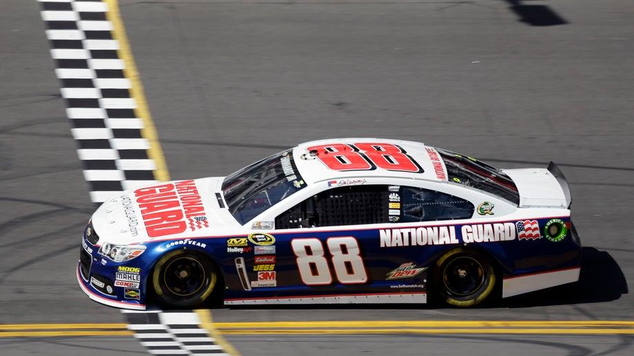 f6b76348-NASCAR Daytona 500 Auto Racing