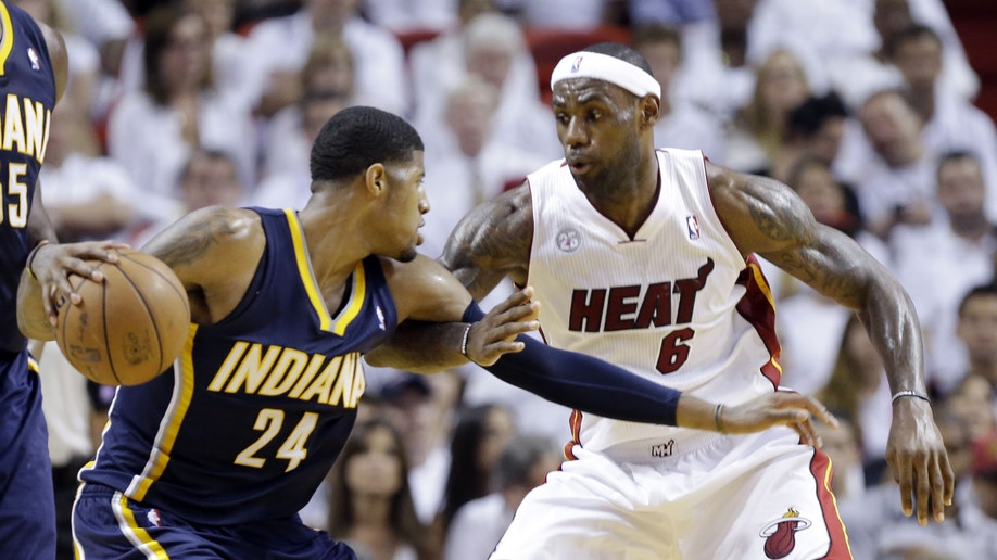 aa527ef1-APTOPIX Pacers Heat Basketball