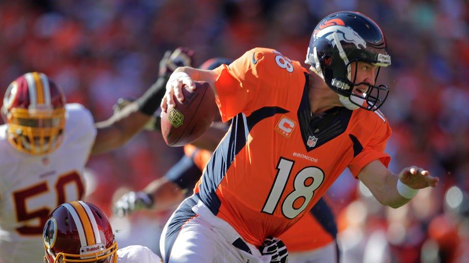 85e6c56b-Redskins Broncos Football