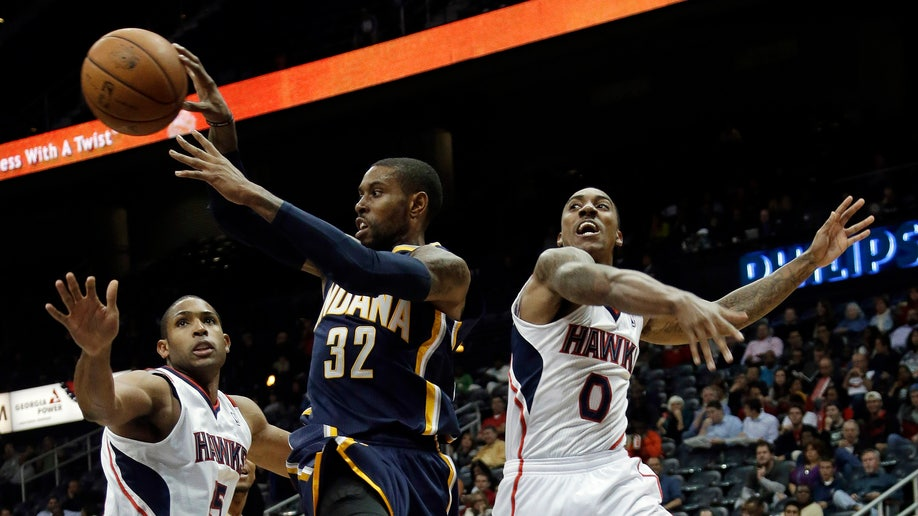 9898f9a3-Pacers Hawks Basketball