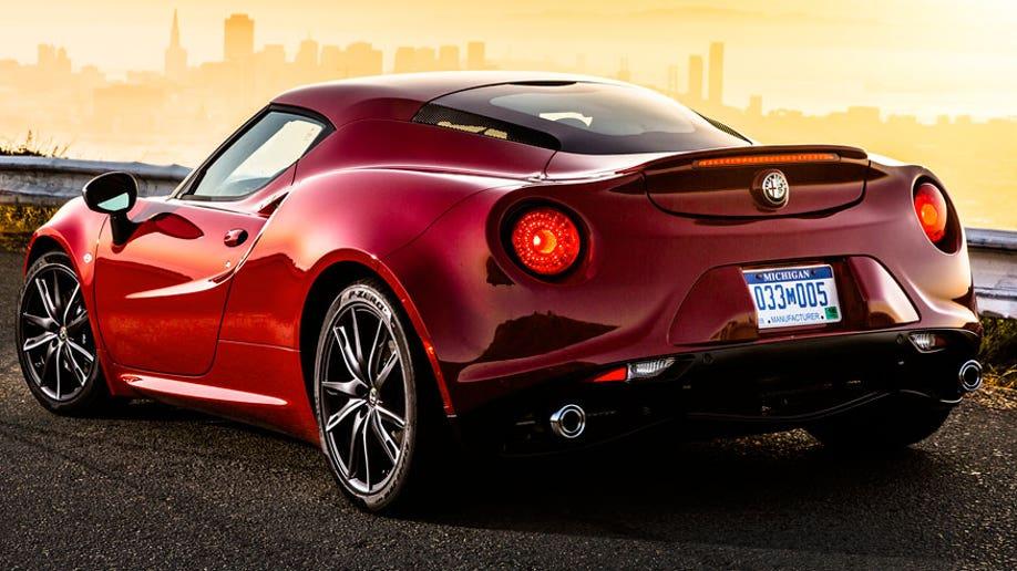 40290573-2015 Alfa Romeo 4C