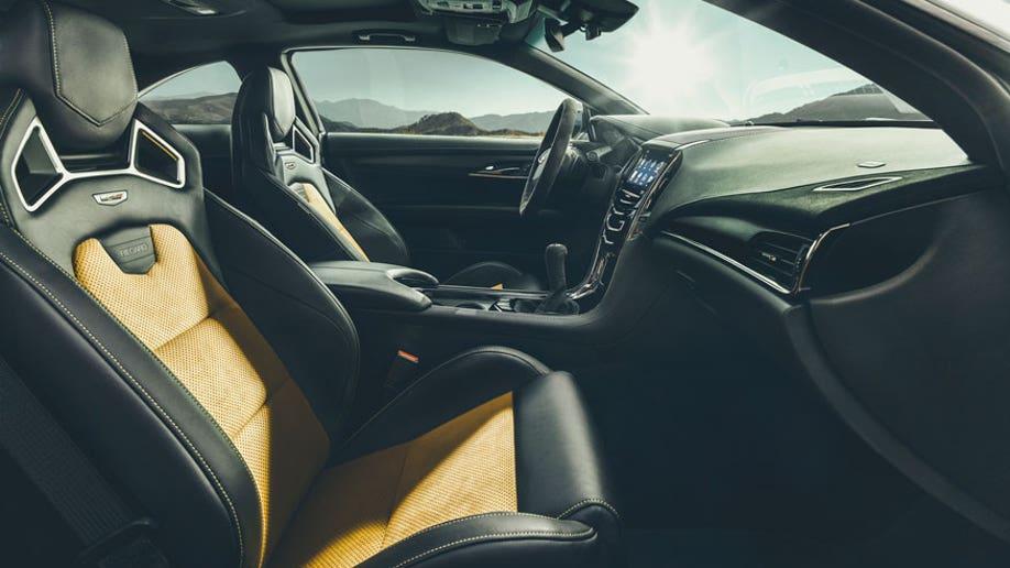 5c9ffe05-2016 Cadillac ATS-V Coupe