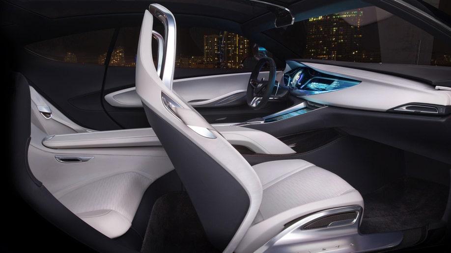 46f55517-2016 Buick Avista Concept