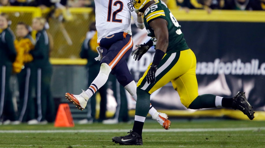 b1092823-Bears Packers Football