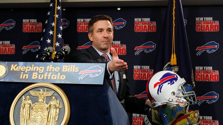 01e2a10c-Bills Lease Football