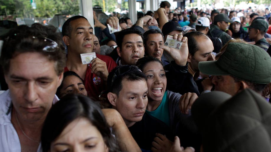 1c6b8931-Venezuela Frenzied Shopping
