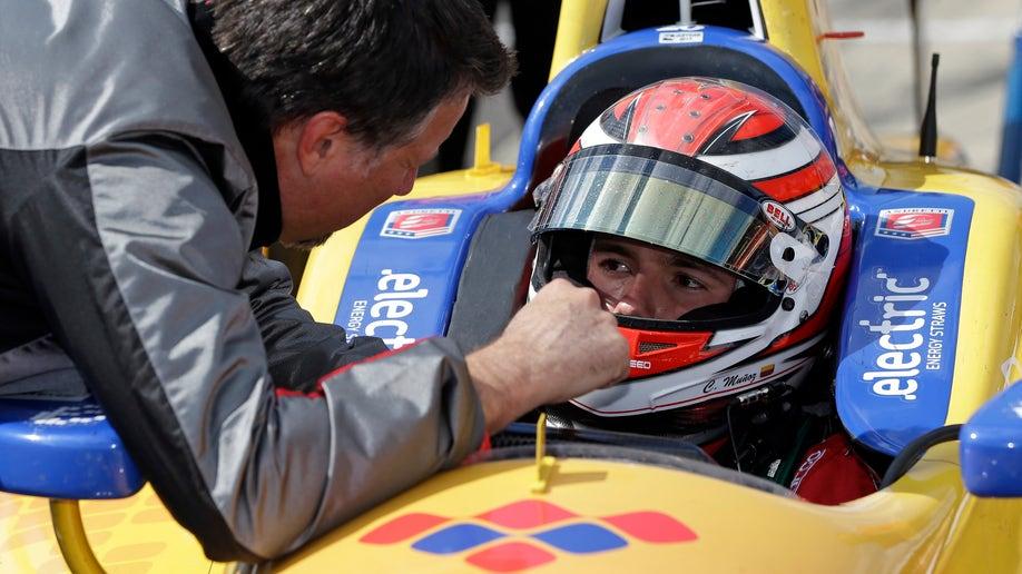 50f9afdd-IndyCar Indy 500 Auto Racing