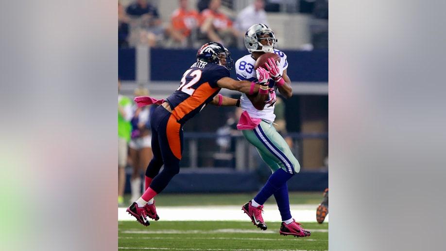 3c70a9a7-Broncos Cowboys  Football