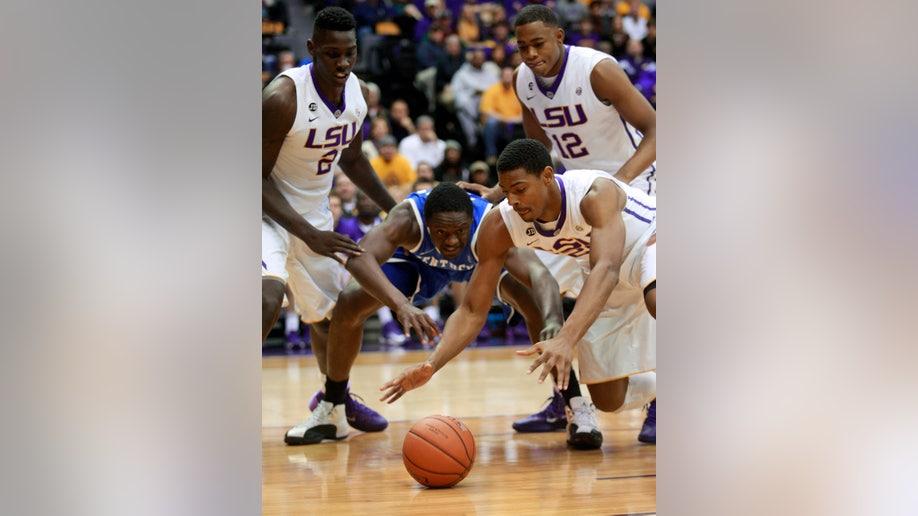 64f8b2f8-Kentucky LSU Basketball