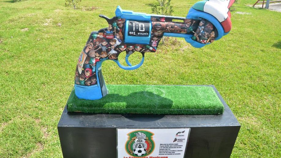 b405387a-Mexico Guns for Peace