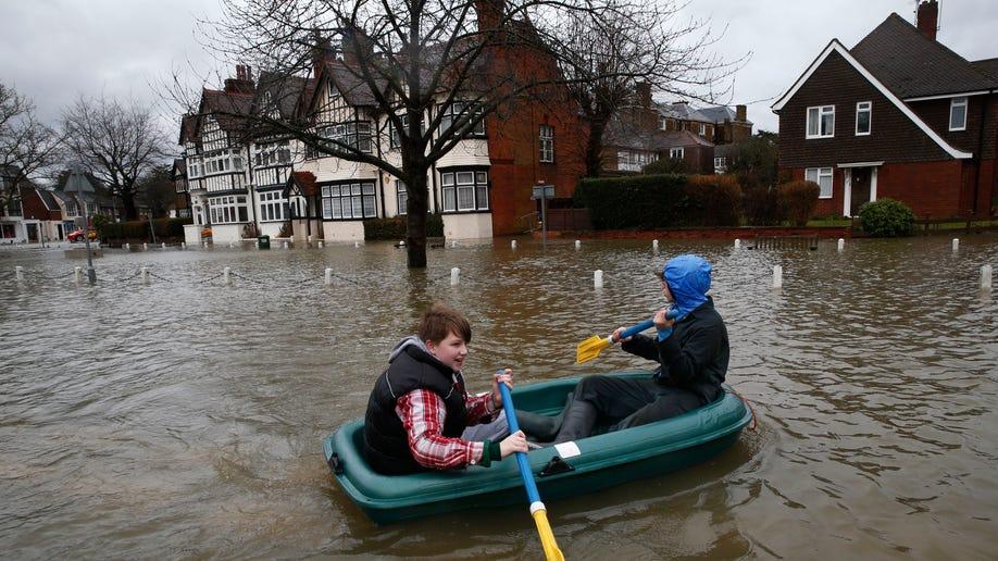 3f57bfcf-Britain Floods
