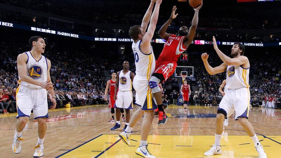 26d17685-Rockets Warriors Basketball