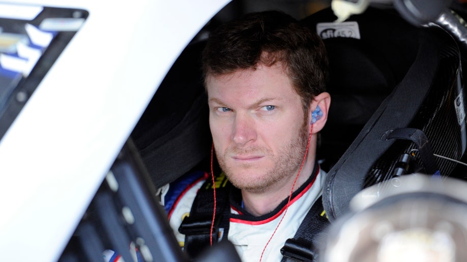 43c86dec-NASCAR Dover Auto Racing