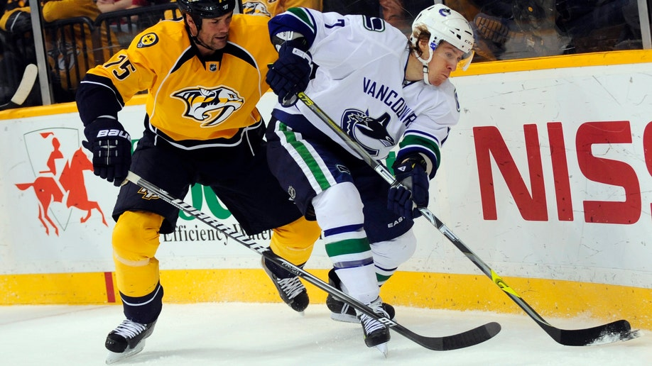 Canucks Predators Hockey