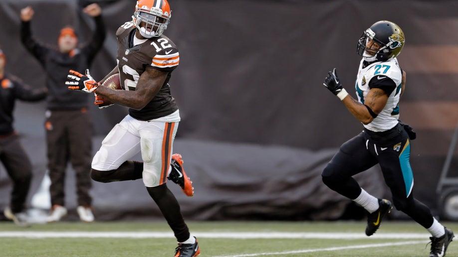 a31462a9-Jaguars Browns Football