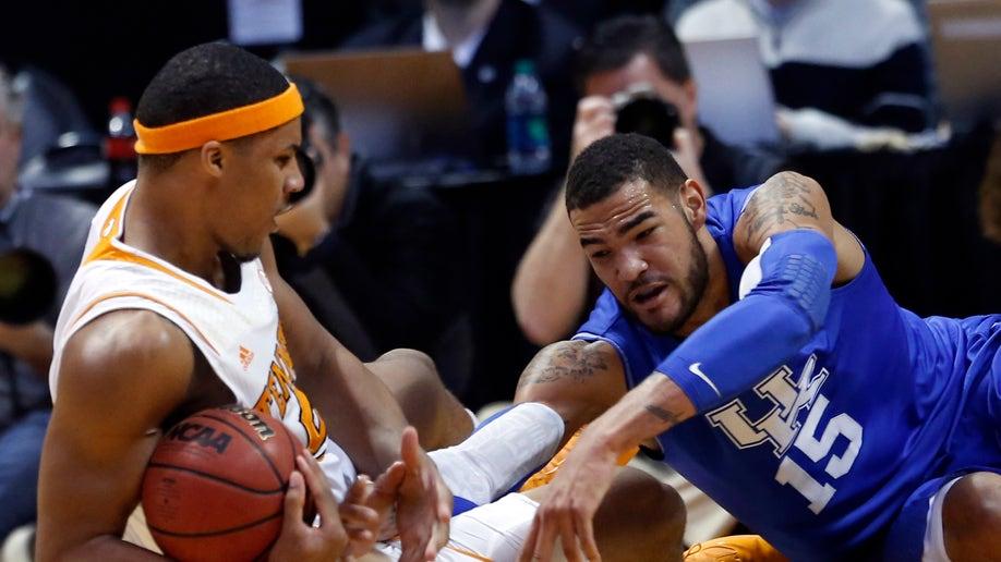 8fad0189-Kentucky Tennessee Basketball