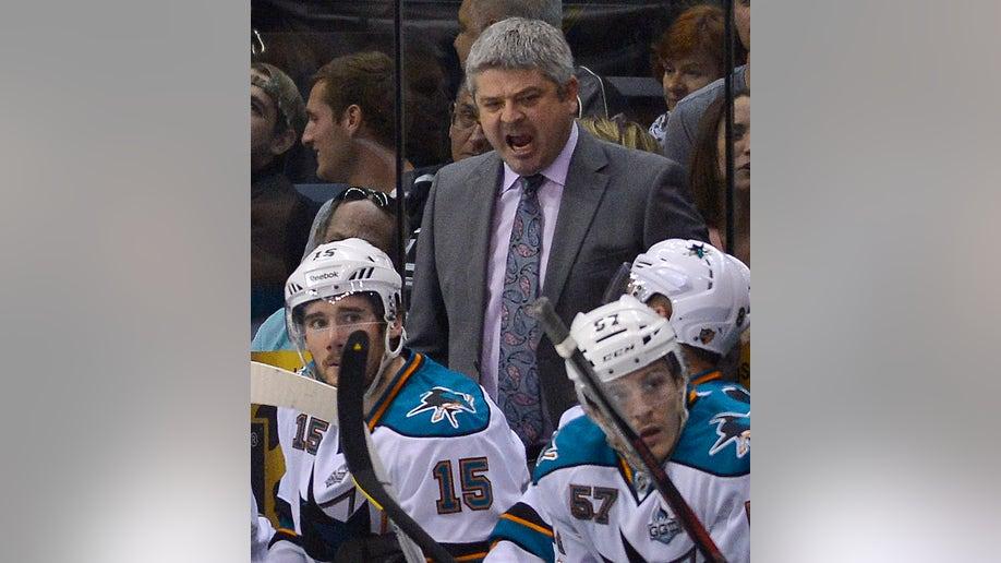 608654de-Sharks Kings Hockey