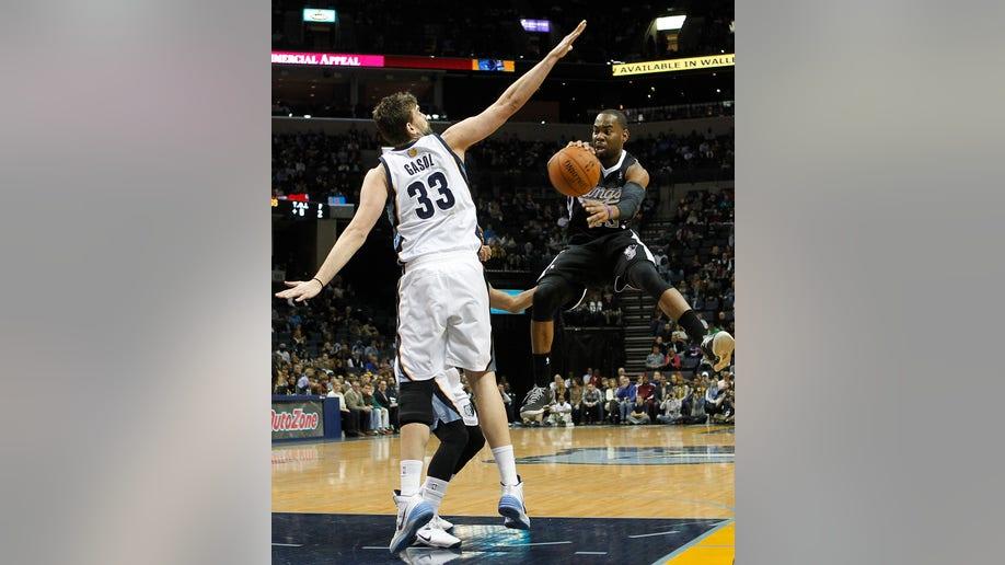 09a19e6e-Kings Grizzlies Basketball