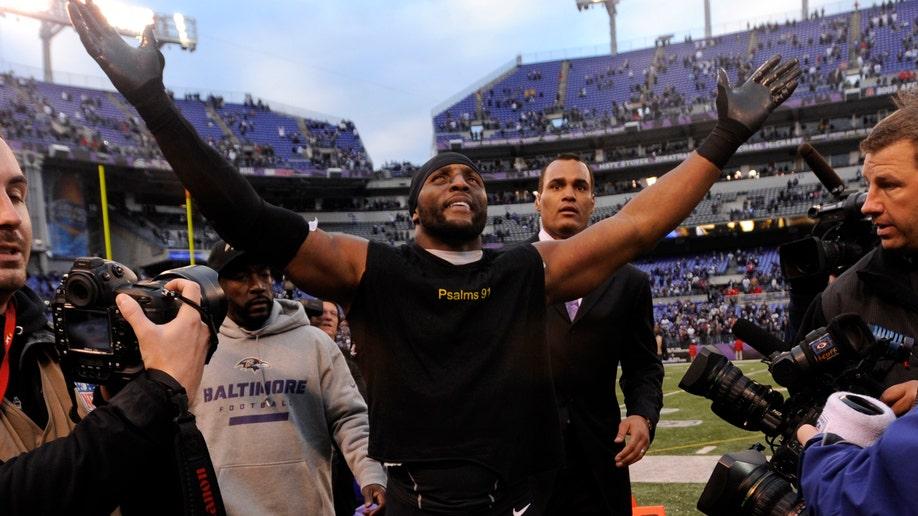 34957e29-Colts Ravens Football