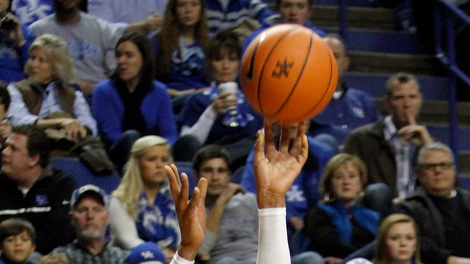 dcff33a6-Eastern Michigan Kentucky Basketball