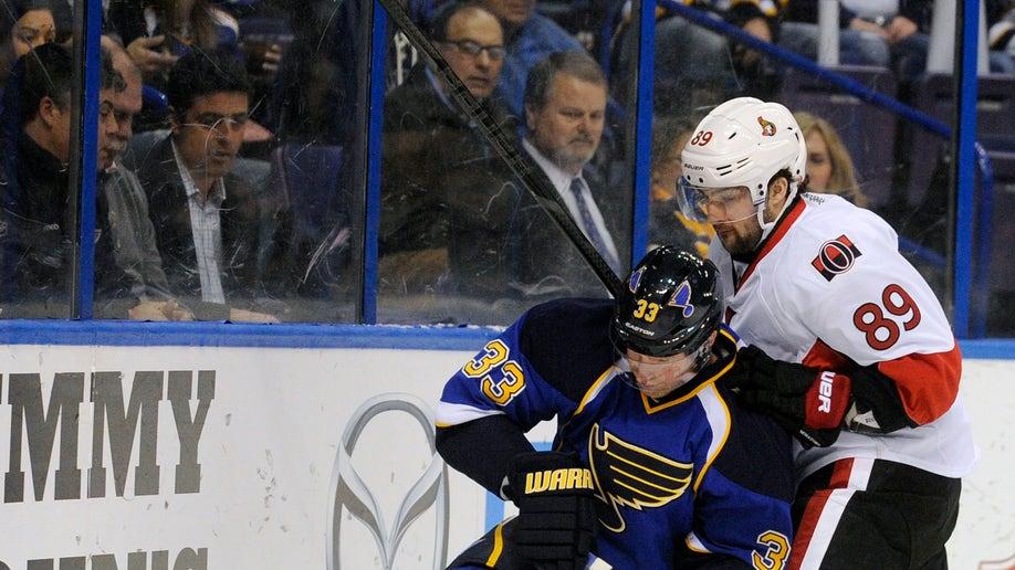 de4af7f7-Senators Blues Hockey