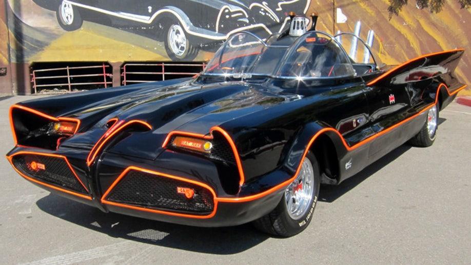 dca30f38-Batmobile Auction