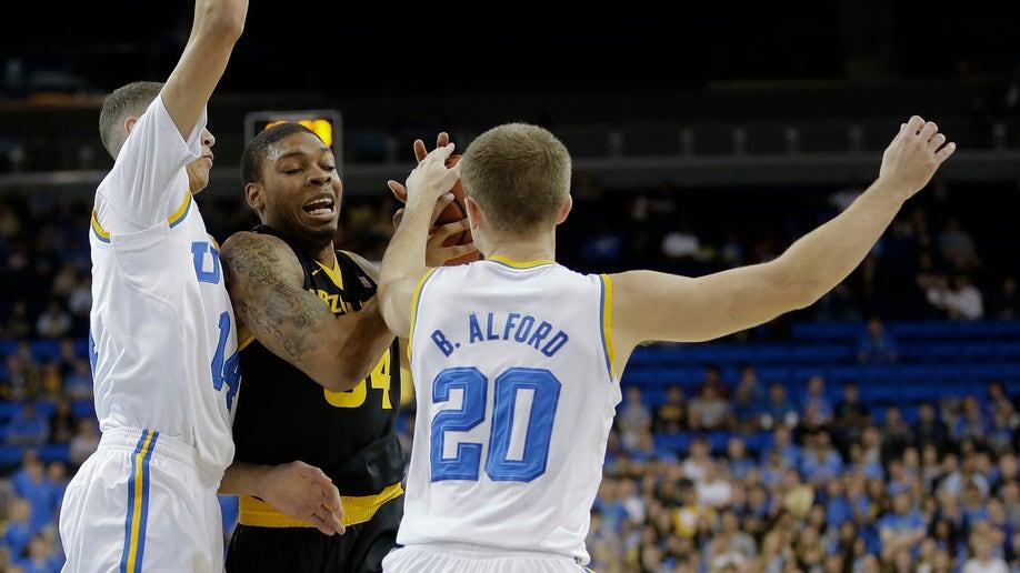 d050527f-Arizona St UCLA Basketball