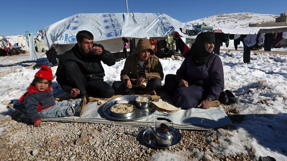 a9a7827e-Mideast Lebanon Syria