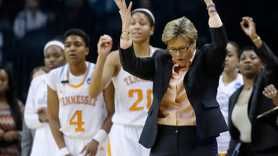 NCAA Louisville Tennessee Basketball