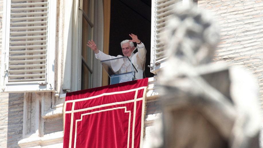 bcb36af4-Vatican Pope