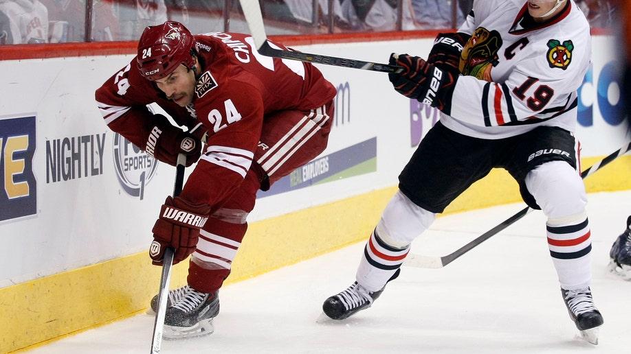 b03697c9-Blackhawks Coyotes Hockey