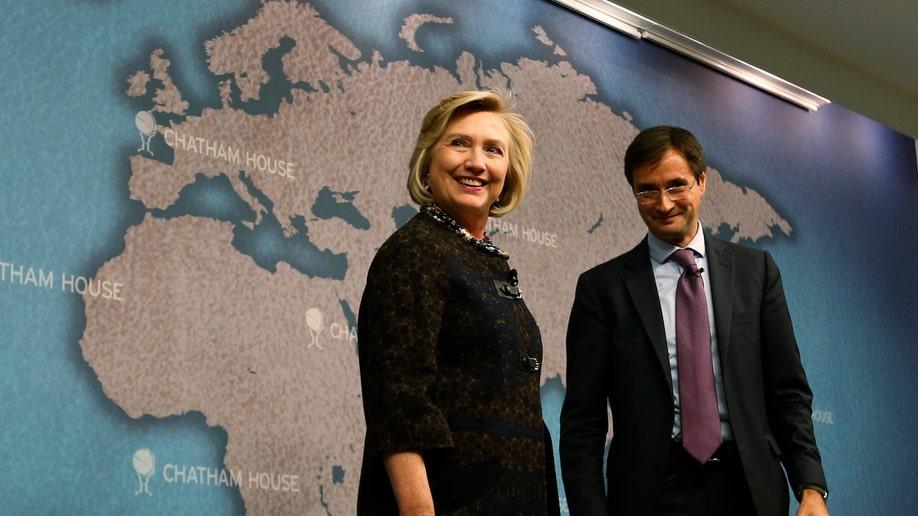 6b594b65-Britain US Clinton