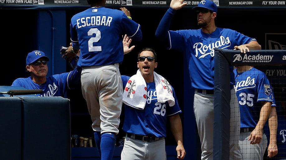 7f208e7d-Royals Braves Baseball